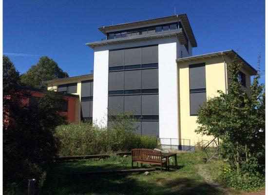 2015 5-geschossiges Bürogebäude